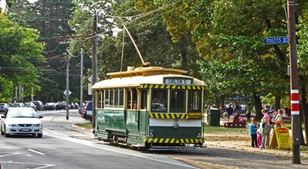 No. 13 arrives to pick up passengers at the Depot Junction tram stop.  	 Photo Peter Waugh 4/4/2010.