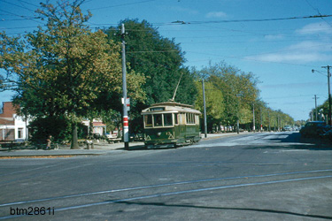 At the corner of Drummond and Sturt Streets - 8/4/1958 - Photo Ben Parle.